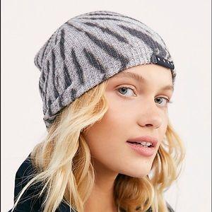NEW Neff soft light & dark grey beanie slouch hat